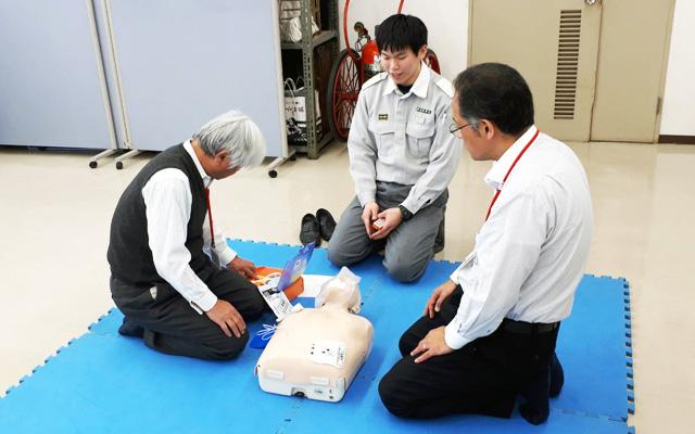 救急救命の訓練