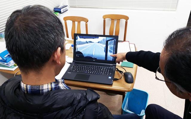ドライブレコーダーを活用した安全講習